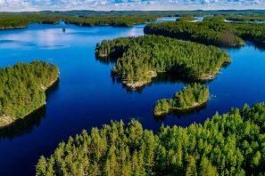 Finlandia: Mille Laghi e Antiche Chiese in Legno