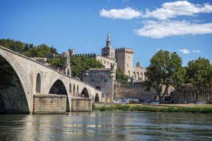 Provenza, da Arles ad Avignone